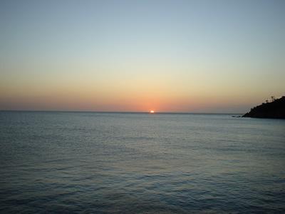 sunsetlive.jpg